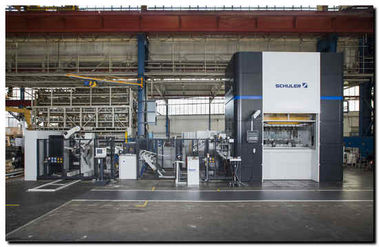 The new generation of presses is aimed at customers seeking a more balanced cost/benefit ratio.