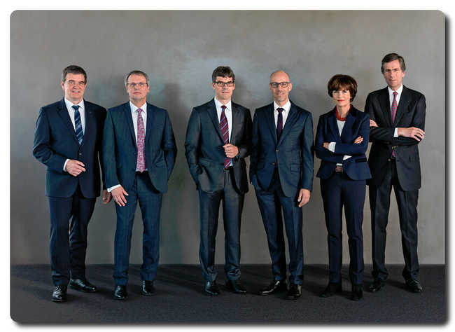 TRUMPF Group Management Board (from left to right) Dr.-Ing. Heinz-Jürgen Prokop, Dr.-Ing. Christian Schmitz, Dr. rer. pol. Lars Grünert, Dr.-Ing. E. h. Peter Leibinger, Dr. phil. Nicola Leibinger-Kammüller, Dr.-Ing. Mathias Kammüller